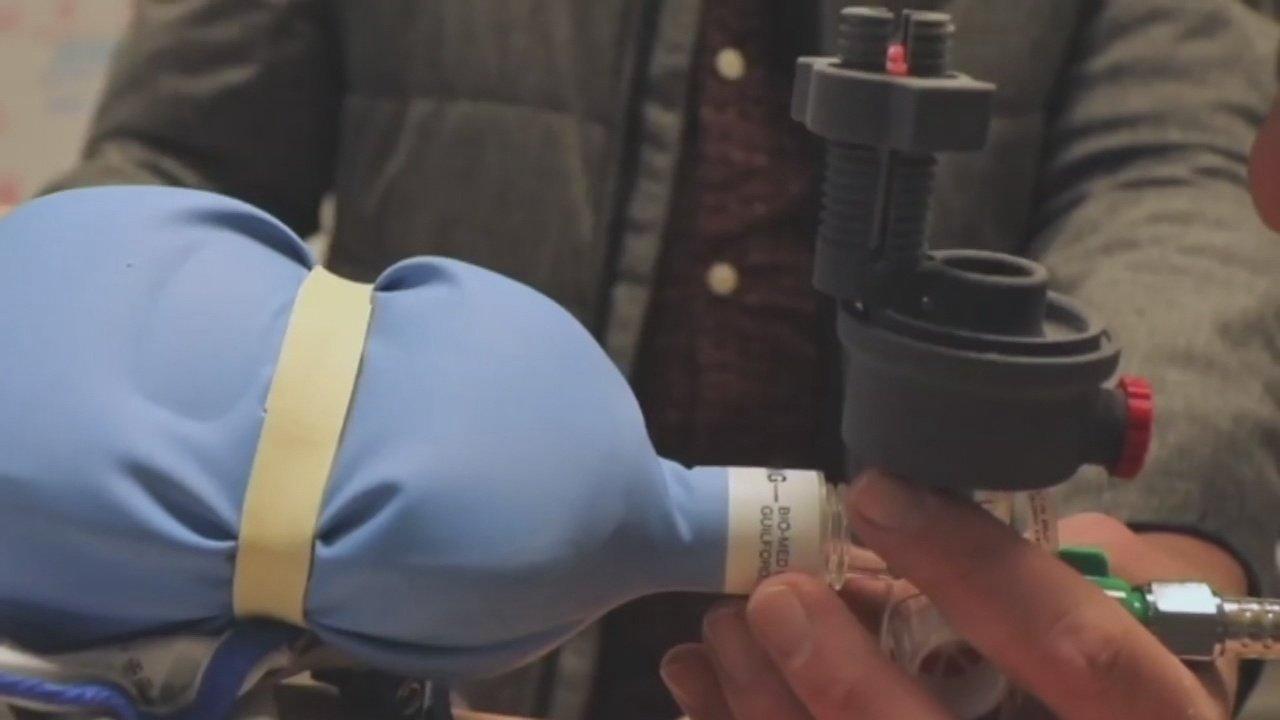 Doctors at OHSU using 3D printers to create ventilators that cost less than $10