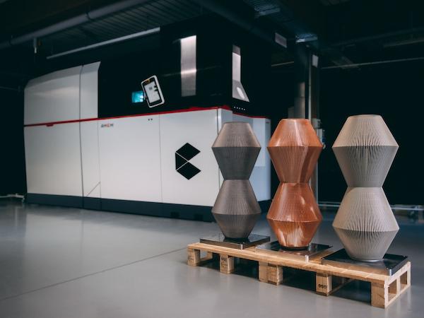 Industrial metal 3D printer prints parts up to one meter high